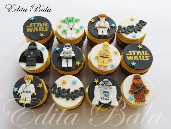 Star Wars Cupcakes by editabala