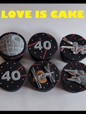 Star Wars Cupcakes...May the force be with you!