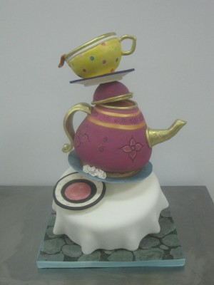 Topsy Turvey Tea cup cake