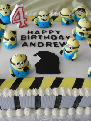 Dispicable Me/ Minions cake