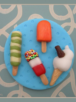 Ice cream cupcake topper