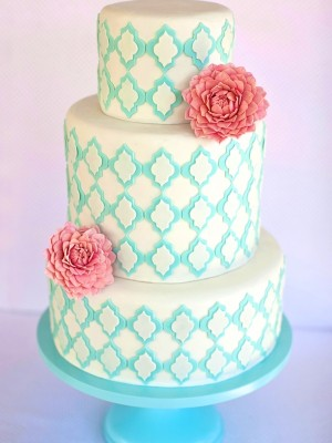 Pink Dahlia with Aqua Lattice Cake