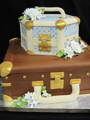 LV Luggage Cake