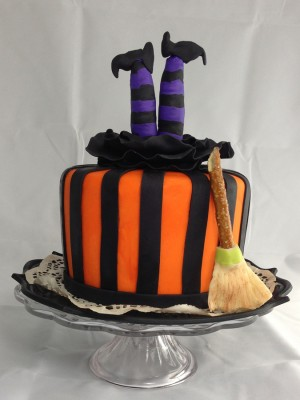 Halloween witch cake