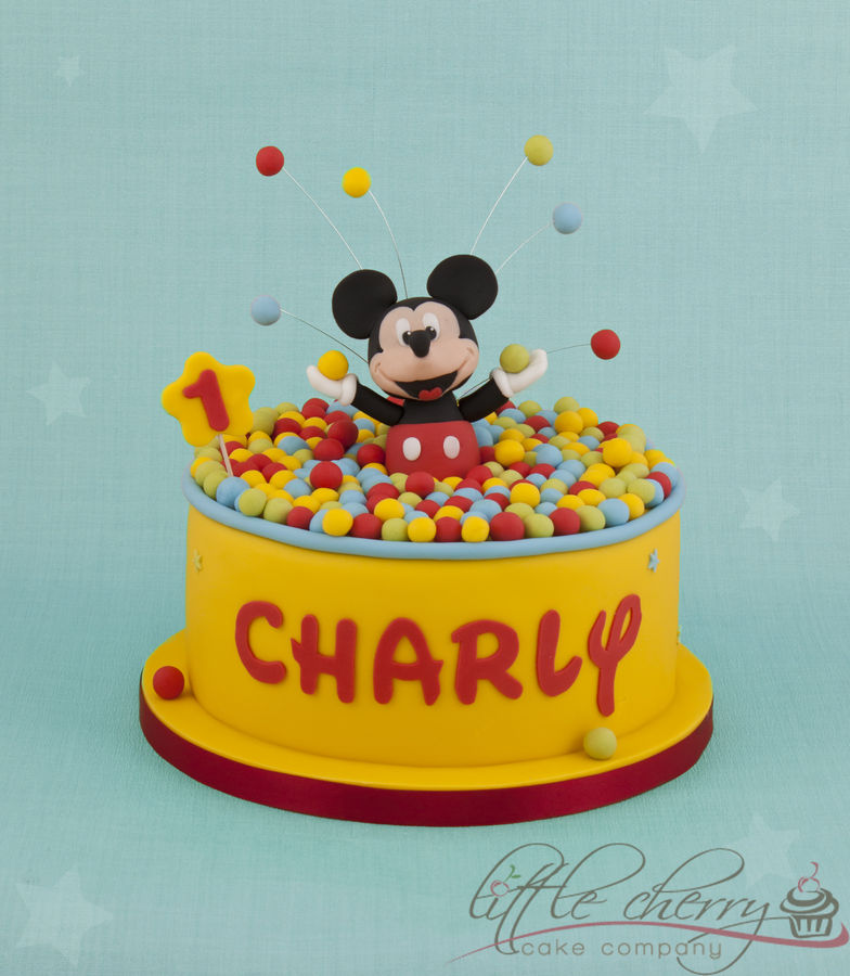 Mickey Mouse Images For Cake : Top Mickey Mouse Cakes - CakeCentral.com