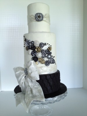 Button and Bows wedding cake