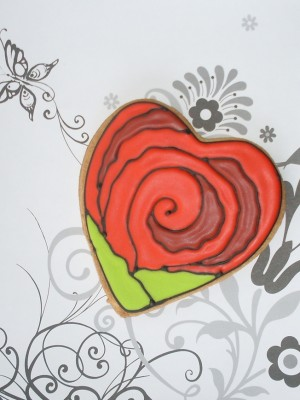 Rose heart cookie
