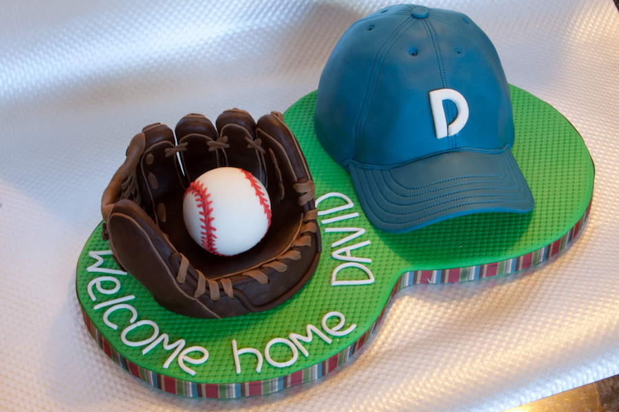 Baseball welcome home party cake