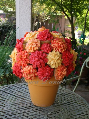 cupcake bouquet for Darcy & Londyn