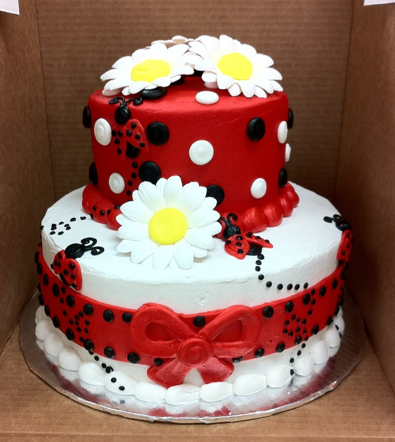 Birthday Cake Images Lady : Top Ladybug Cakes - CakeCentral.com