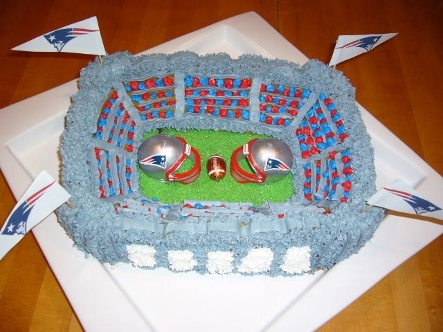 Football Cake Pictures Uk : Top New England Patriots Cakes - CakeCentral.com