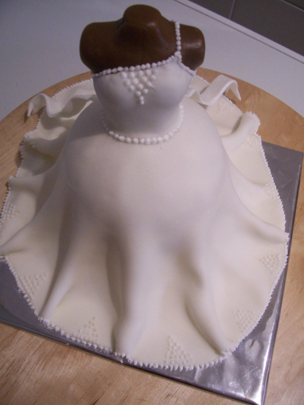 how to make a 3d wedding dress cake