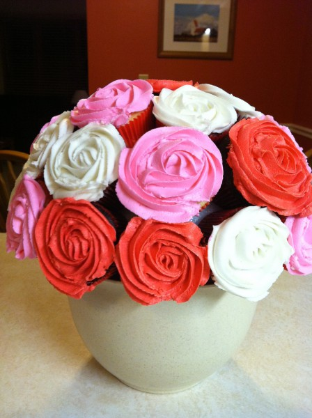Rose Cupcake Bouquet Using Styrofoam Ball Cakecentral Com
