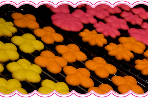 Cookie-Press-Flower-Cookies