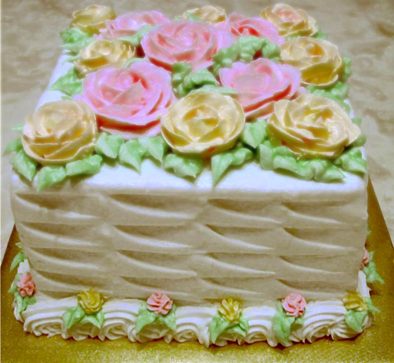 How To Basket Weave Buttercream : How to make a contemporary basketweave martha s new