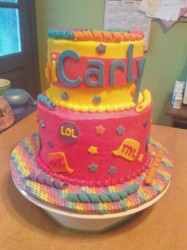 Icarly Birthday Cakes
