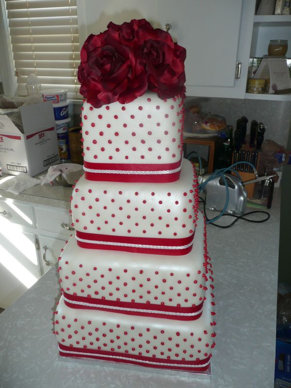 Red And White Wedding Cakes 93 Fancy