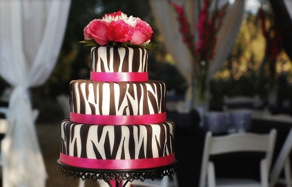 Melissa s blog black and white zebra wedding decoration white it sounds crazy but most of the decor at the wedding was just black white junglespirit Images