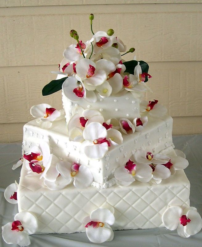 creative fondant wedding cakes