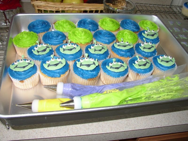 aliens from toy story. Aliens from Toy Story Cupcakes
