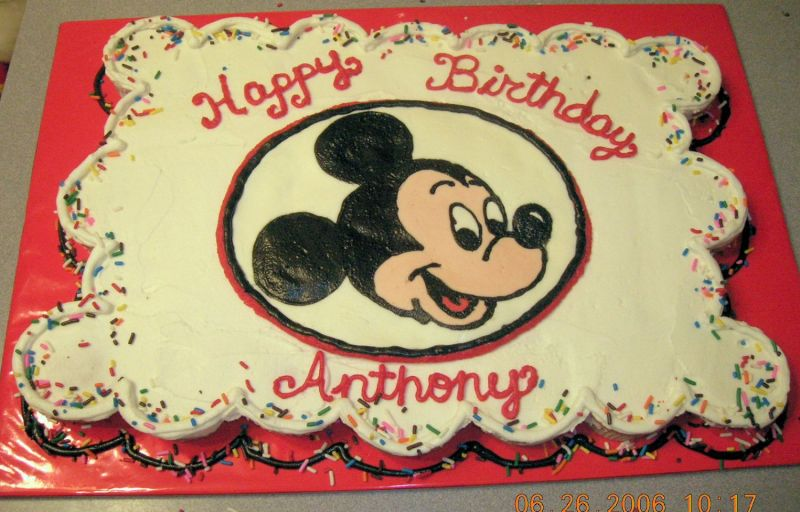 mickey mouse cake ideas pictures. Mickey Mouse Cupcake Cake