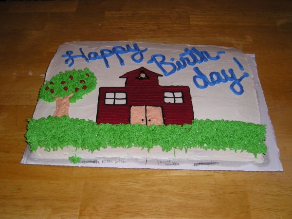 http://media.cakecentral.com/modules/coppermine/albums/userpics/304463/600-Schoolhouse_B-Day_cake_002.jpg