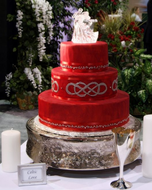 Celtic Knot Wedding Cake By SueBuddy