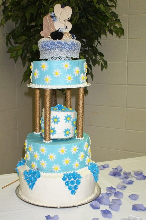 Blue Western Wedding By fromkimskitchen Butter Creme with Royal BlueBells