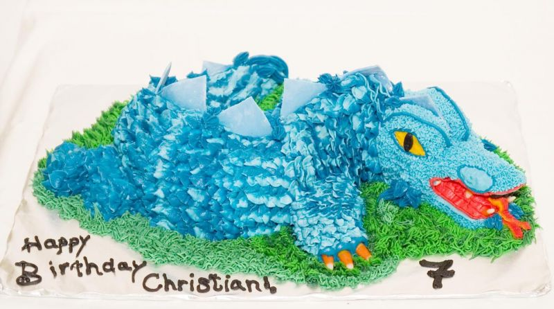 images of dragons for children. Dragon Cake
