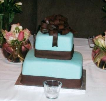Square Wedding Cakes Pictures