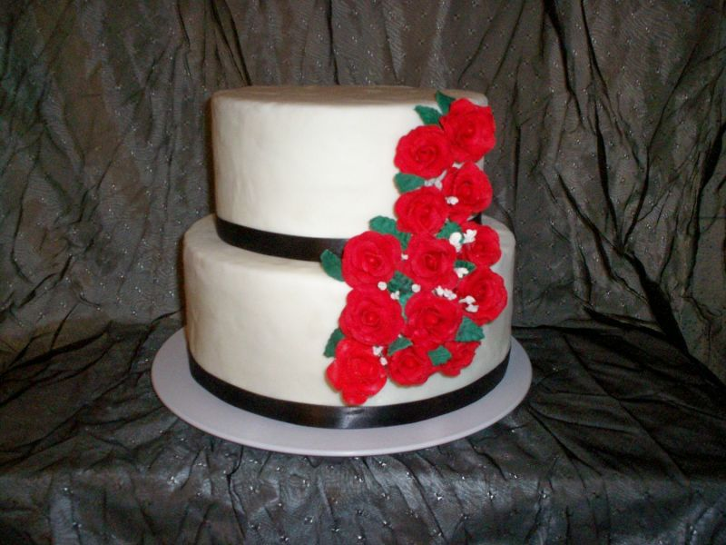 simple red and white wedding cakes. white wedding cakes with