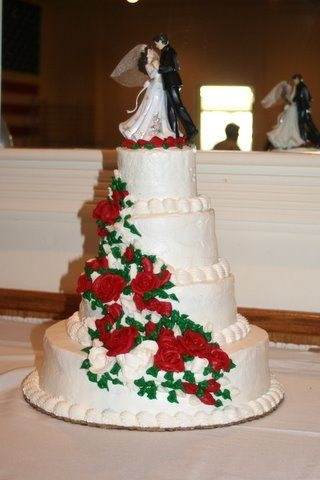Christmas themed wedding cake By robinscakes