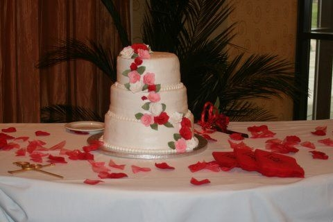 red pink white rose wedding cake By robinscakes