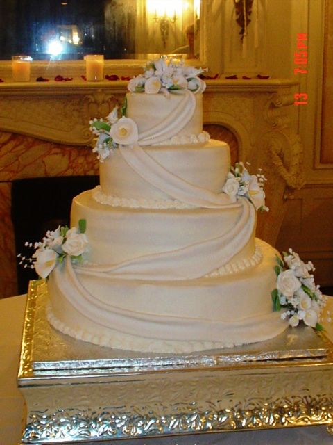 Calla Lily Wedding Cake Gallery In Victorian times flowers have their own