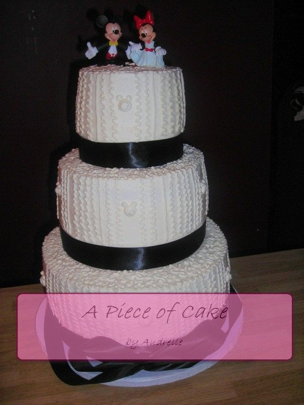 Mickey and Minnie Wedding By aundron My first ever wedding cake