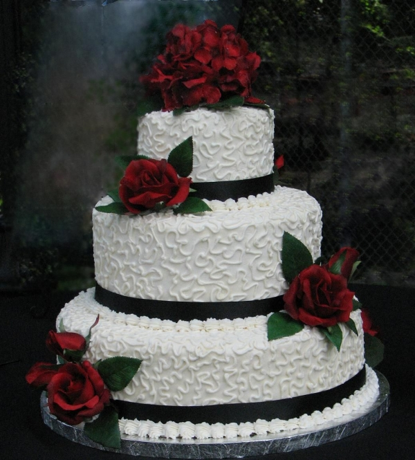 Burgundy rose By margiebirds White chocolate buttercream frosting with