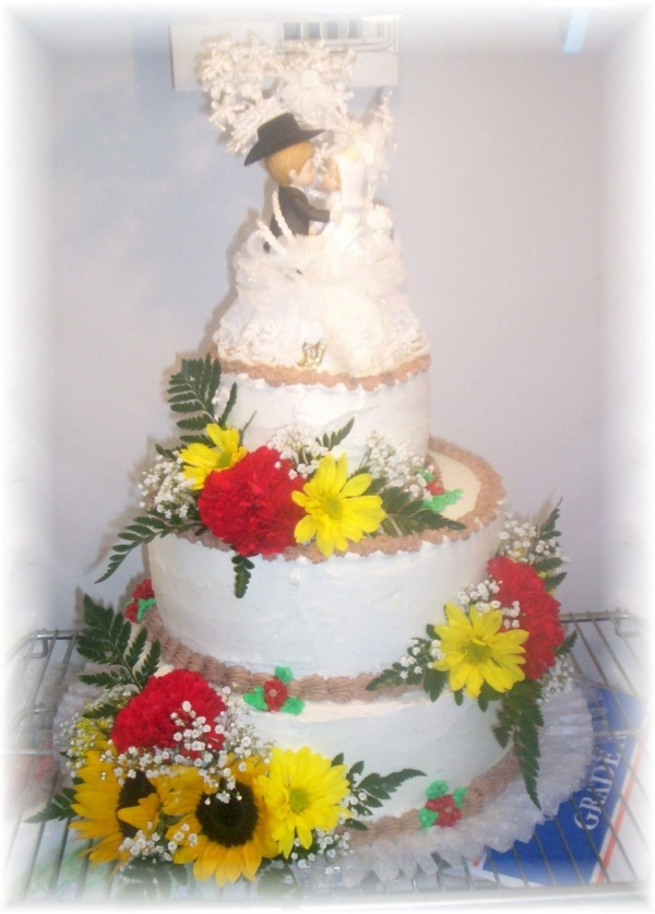 Wedding Cake Country Style By vikkiz1 This Wedding cake was white 12 in