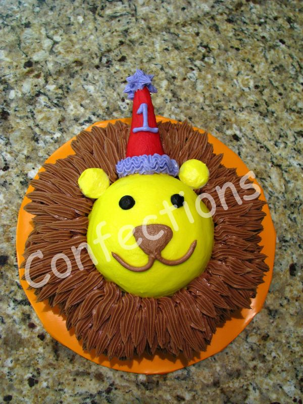 Lion Birthday Cake Uploaded By: Hawkette. This is Wilton's design from their